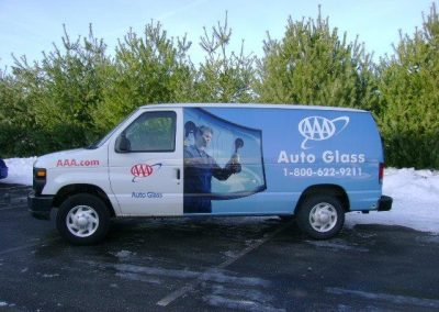 AAA Auto Glass Van 2010 (4)